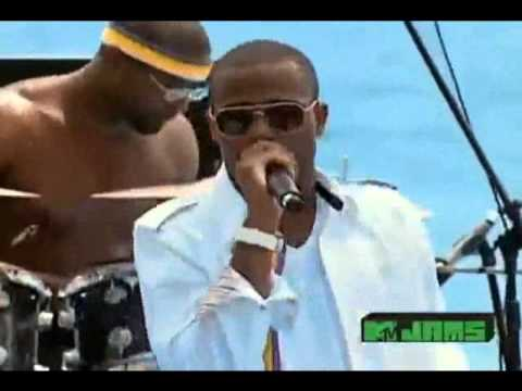 B.o.B feat. Bruno Mars - Nothin On You (Live @ MTV Spring Break 2010)