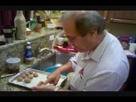How to Make Kibbeh Ball- 12-10-2011