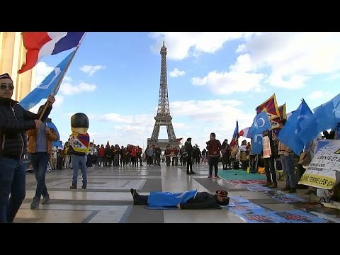 شاهد: مظاهرة في باريس تندد بـ-الانتهاكات الصينية بحق الإيغور- …  - نشر قبل 2 ساعة