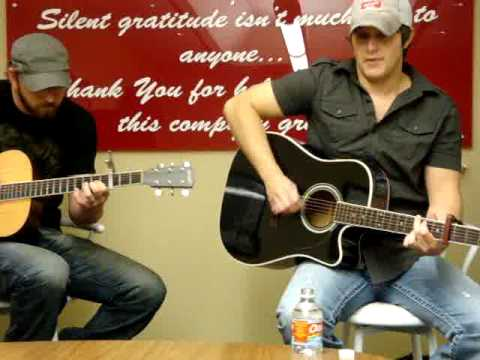 Easton Corbin sings