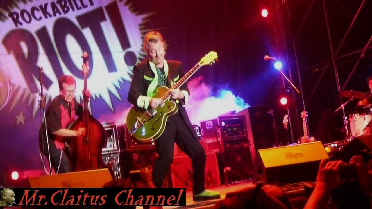 Brian Setzer   This cat's on a hot tin roof   Rockabilly Riot   Italy July  20