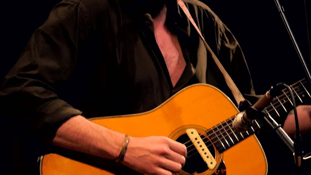 father-john-misty-i-went-to-the-store-one-day-live-on-kexp-kexp