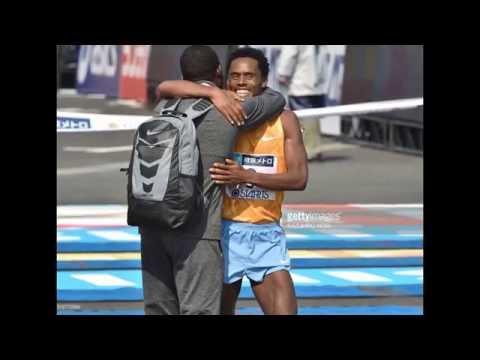 Feyisa Lilesa wins SILVER in Men's marathon Rio 2016