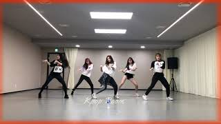 IZ*ONE dancing to SOLO by JENNIE | MAGIC CHOREOGRAPHY