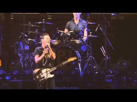 """Release & Eddie Talks Philly & Breaking Bruces Record"" Pearl Jam@Philadelphia 4/29/16"
