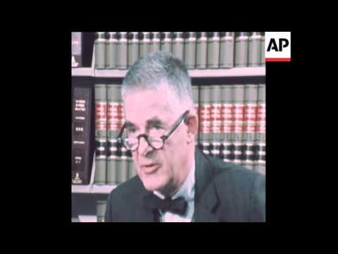 SYND 18-10-73 ARCHIBALD COX PRESS CONFERENCE