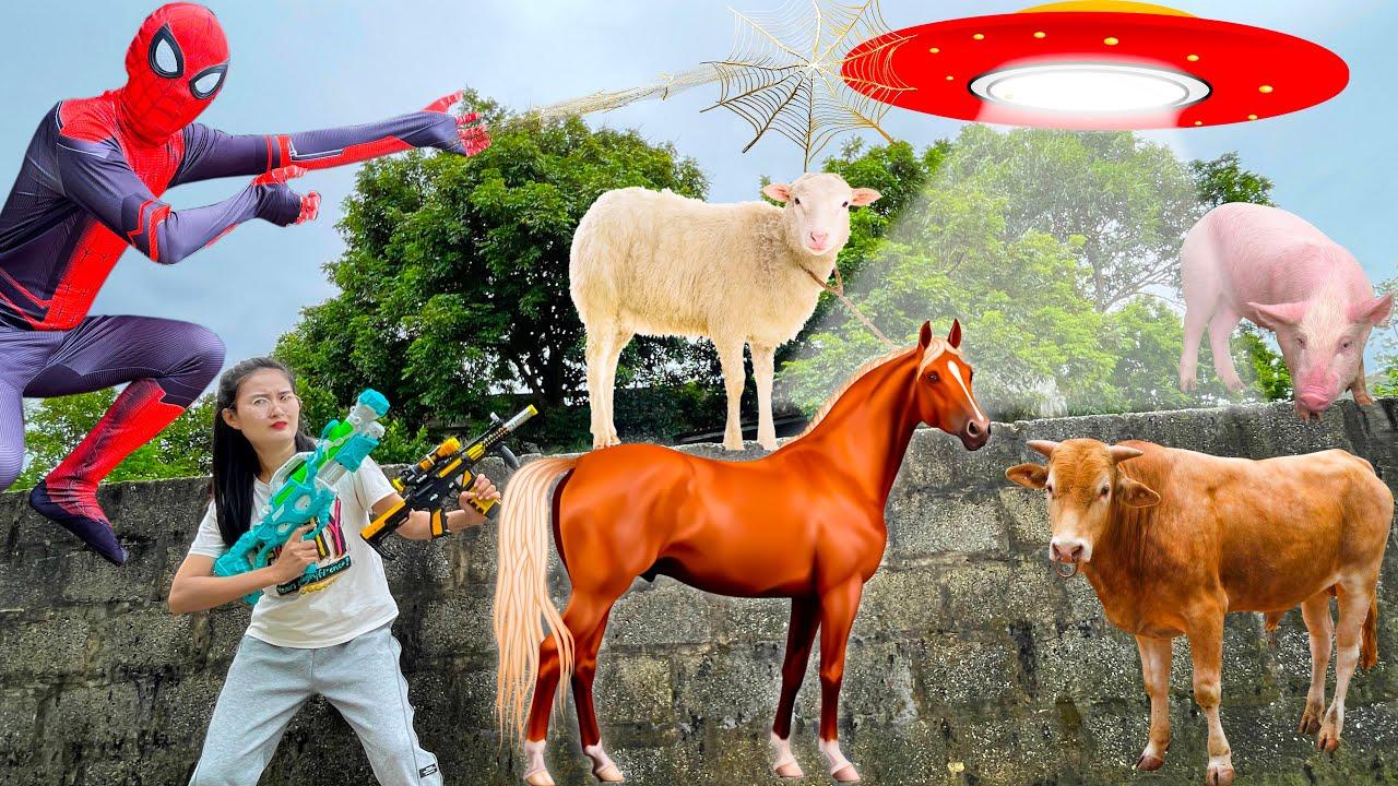 Đĩa bay bắt các con vật của Changcady: con bò, con ngựa - Siêu nhân ra tay giúp đỡ - Part 311