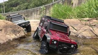 Traxxas TRX-4 LandRover Defender 110 - In a small valley 1/3