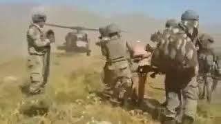 Çatışma sırasında yakalanan teröristler..Jandarma Özel Harekat
