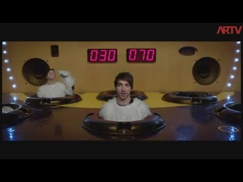 All Time Low - Backseat Serenade (Official Music Video Review)