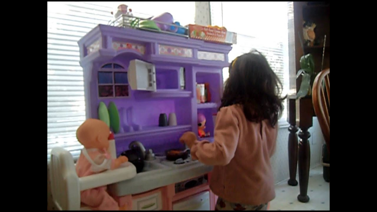Beautiful Skyu0027s Lil Kitchen ( Step2 Little Bakers Kitchen)   YouTube