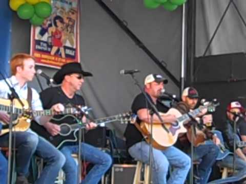 What a Beautiful Day by Chris Cagle at the Lexingtion BBQ Fest 2011