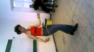 رقص باحال دانشجوىي