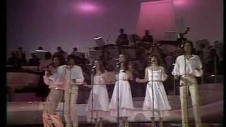 Izhar Cohen & the Alphabeta sing