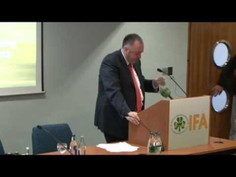 IFA President John Bryan addressing the 2013 AGM