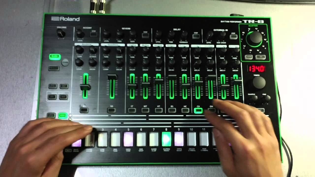 practice of roland aira tr 8 by yokushe youtube. Black Bedroom Furniture Sets. Home Design Ideas