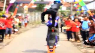 4K Video Xtream Atraksi Motor Jalanan Paling Berbahaya !! [FULL HD]