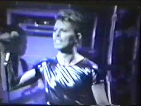 David Bowie - Breaking Glass (Hartford 1995)