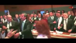 شجار عنيف بين النواب داخل البرلمان التركي | صحيفة الاتحاد