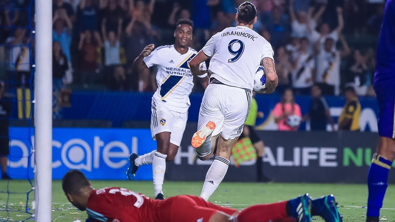 GOAL  Zlatan Ibrahimovic records his first MLS hat trick. LA Galaxy d8bb8a212