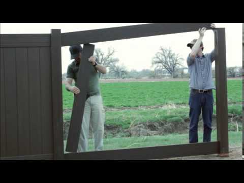 natures-composites-estate-privacy-fence-installation