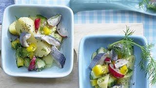 Салат с сельдью и картофелем. Простой салатик на скорую руку.
