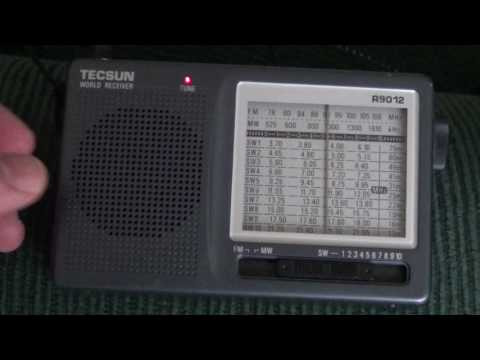 Tecsun R9012 VS Tecsun pl 380 on Radio Exterior Espana 9690 Khz Shortwave