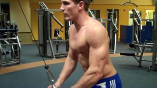 How To: Tricep Pushdown (Life Fitness Cable) thumbnail