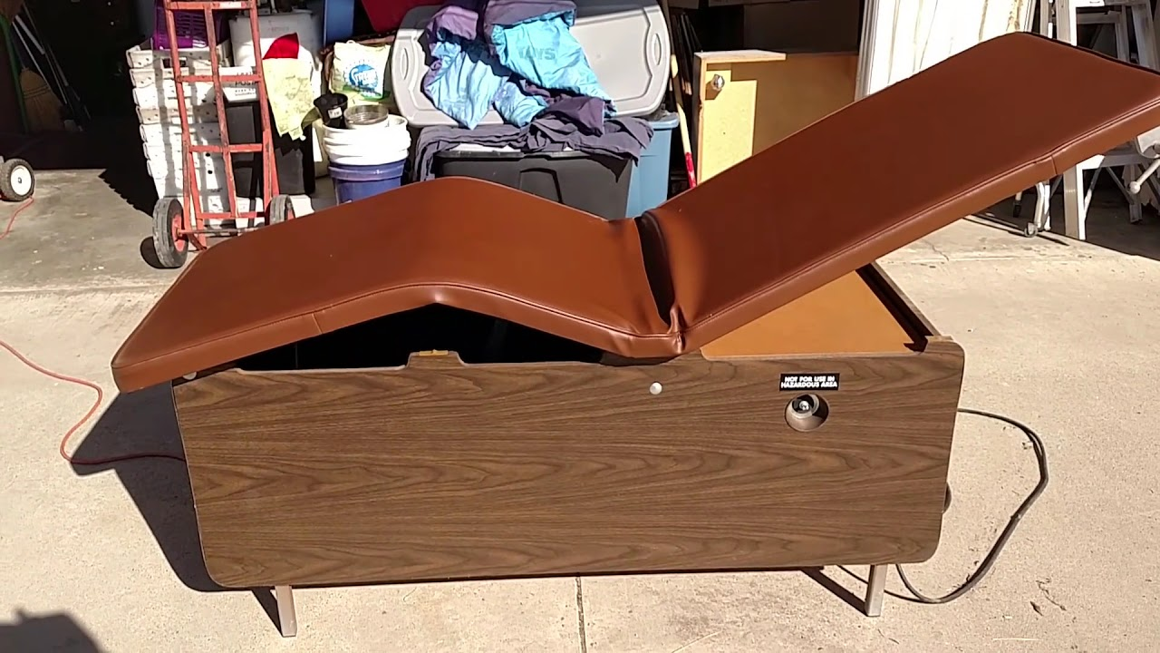 Vintage Doctors examination table (bed) working condition ...