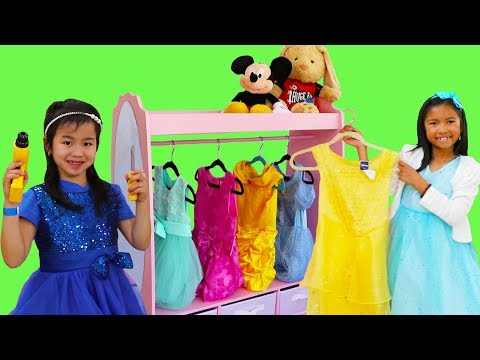 Wendy & Jannie Pretend Play Princess Dress Up w/ Pink Closet Girl Toys