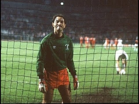 """""""We were stoned on the way to the stadium - not like that!"""" - Grobbelaar on Liverpool & '84 final"""