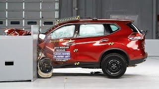 2014 Nissan Rogue small overlap IIHS crash test