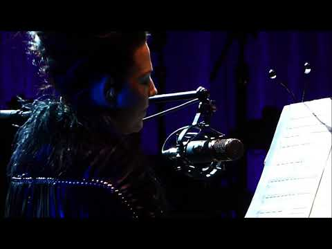 Amy Lee (Evanescence) - SPEAK TO ME- Synthesis Live in New Orleans