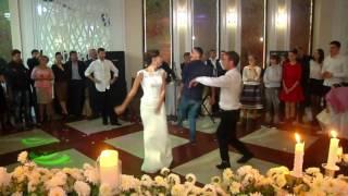 ლამაზი საქორწილო ცეკვა ქართული - Красивый танец на грузинской свадьбе