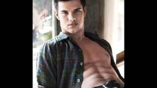 Taylor Lautner-I am in Love