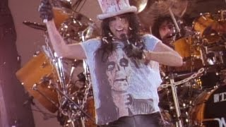 Alice Cooper: Trashes the World (Trailer)