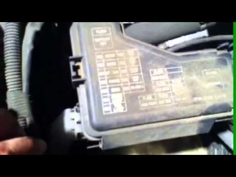 Dome light, power lock problem in 2005 Nissan Sentra - YouTube