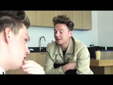 BEST CASUAL SINGING MOMENTS 1 - Conor Maynard