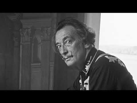 Gerçeküstü Bir Deha: Salvador Dali I Dali'nin Eserleri Ne Anlatıyor?