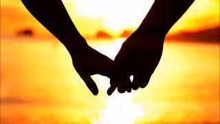 Aloe Blacc - Mama Hold My Hand (Lyrics)