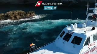 Guardia Costiera: addestramento al salvataggio in mare