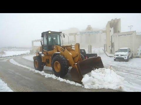شاهد: شوارع الأردن تلبس الأبيض.. الثلوج تكسو الشوارع  - نشر قبل 3 ساعة