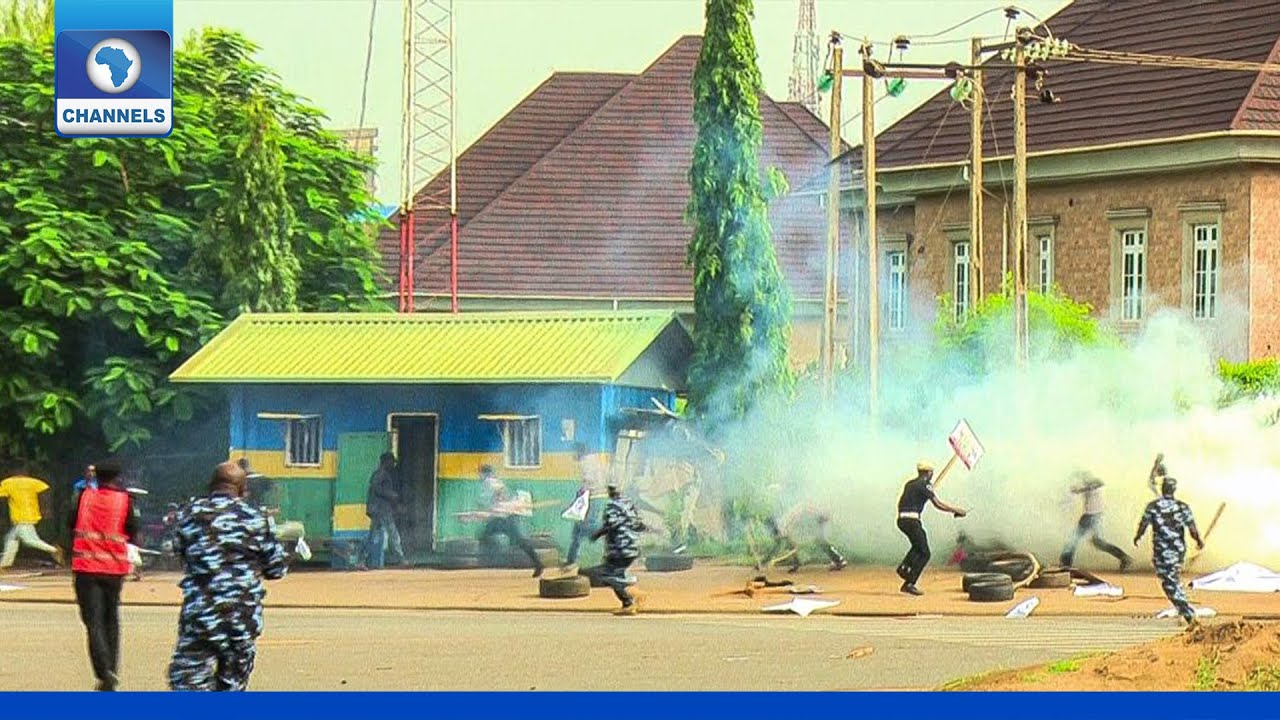 Download Democracy Day: Police Attack Protesters In Abuja