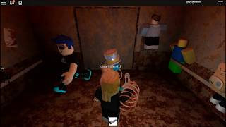 Getting scared !!! ☠ The Horror Elevator ☠ - Roblox