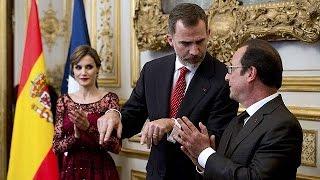 Король и королева Испании прибыли в Париж