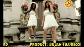 Gambar cover Boruni Bangso Batak - Reni Hutagalung Feat Bulan Panjaitan ( House Music )