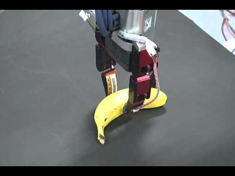 Robot hand: Graspng various shaped objects using proximity sensor array.