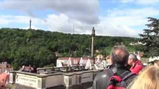 Турпоездка на поезде. Прага, Чехия / Prague. Часть 2(Нажимайте на субтитры/СС, ролик содержит перевод с английского. Прага, Чехия. В мае месяце этого года мы..., 2014-11-17T20:25:49.000Z)