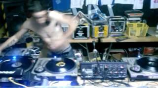 DJ IDROIX VOL82 DEDICADO A XAVI BCN Y GIKA VOLUMEN MALDITO