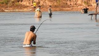 Khmer Real Life Fishing At Siem Reap Cambodia -Khmer Fishing At Siem Reap Cambodia